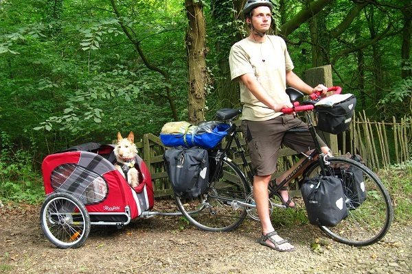 Biking Safely With A Pet Trailer